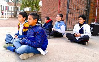 問題児に変化が 生徒たちの本質を変えた瞑想の効果
